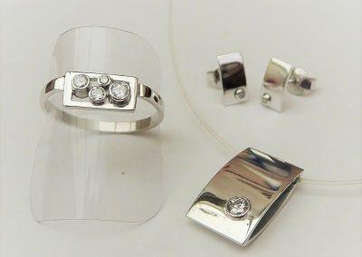 witgouden set met diamant